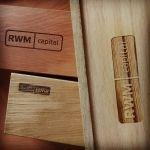 деревянная табличка, лазерная гравировка
