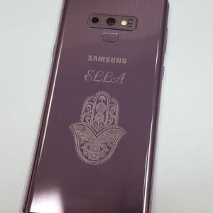телефоны с гравировкой